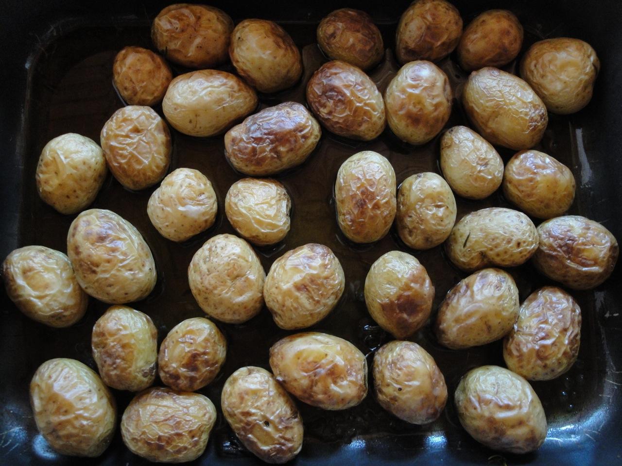 colocando-em-pratica-Paula Carvalho-mini-batatas-assadas