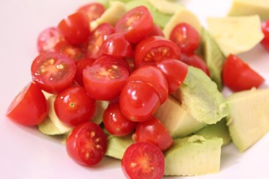 salada-de-tomate-e-abacate-1